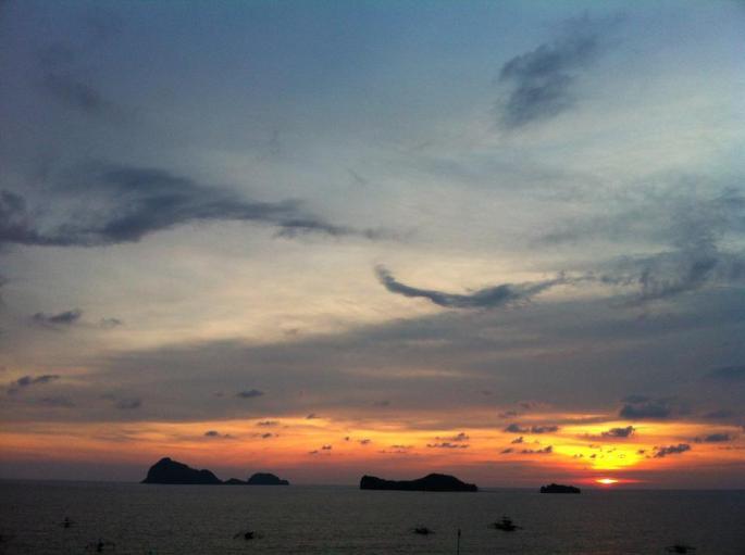 pundaquit-capones-camara-sunset